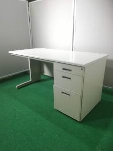 1_000000009001-225x300 Lion製応接セットやTOYO製片袖机などオフィス家具新着入荷!