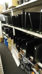 PCモニター-169x300 PCモニター大量入荷!
